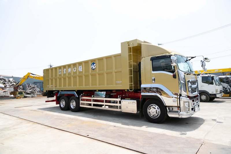 10トンダンプカー