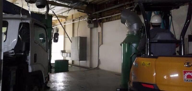 藤枝市 高柳の現場、部分解体と大型機械の撤去作業